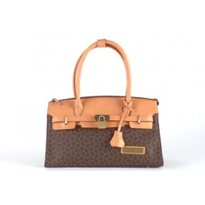 How-to-Choose-Best-Designers-Leather-Handbags-300x300