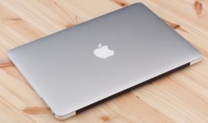 apple-macbook-air-13-inch-2015-closed